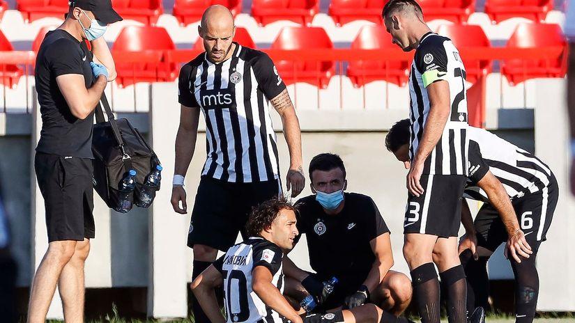 Ušao, dao gol posle 40 sekundi, povredio se... (VIDEO)