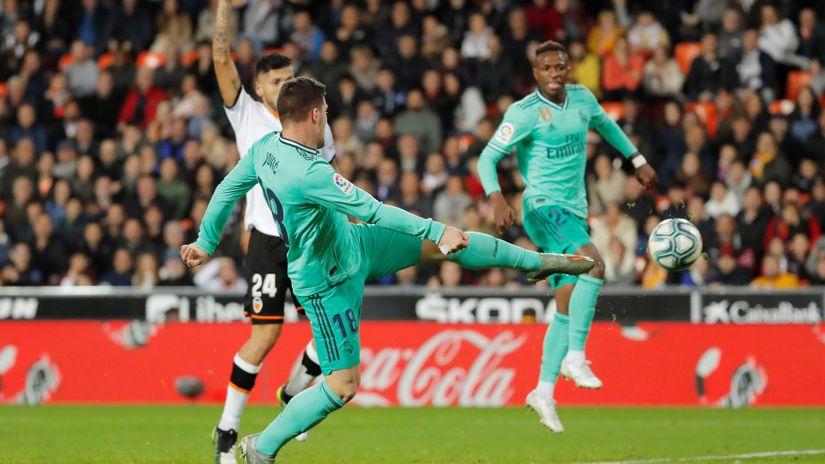 Tužna sudbina Luke Jovića: Zidan više veruje Ramosu u špicu, Španci pišu o 16 dodira sa loptom