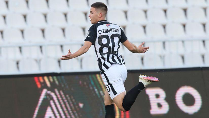 Stevanović potpisao za Siti! Partizanu 6.500.000, nema procenata, ima bonusa