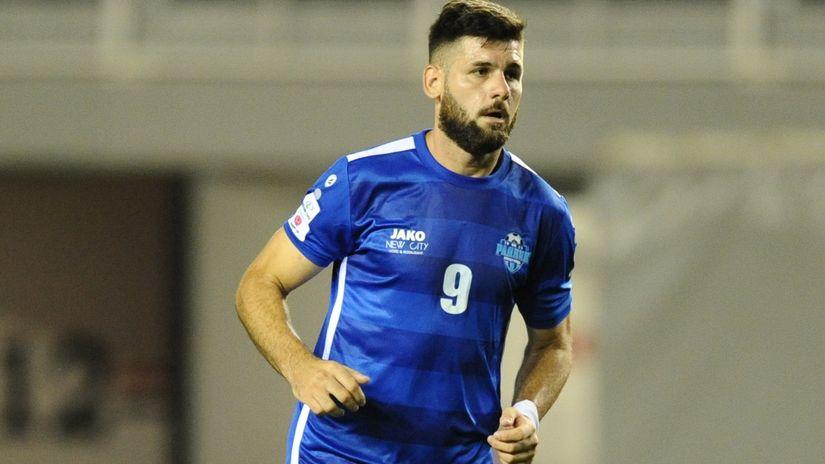 Prvog polufinalistu Kupa Srbije odlučili penali: Makarić ponovo junak Surduličana