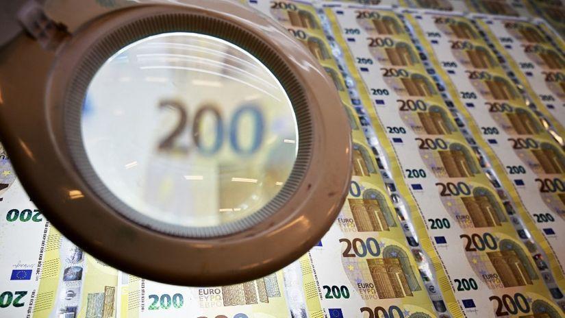 Sve se vrti oko novca: Dužni 8.500.000.000