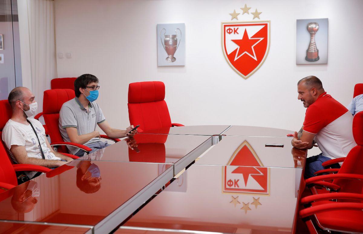 Stanković u razgovoru s novinarima Mozzart Sporta (©STAR SPORT)