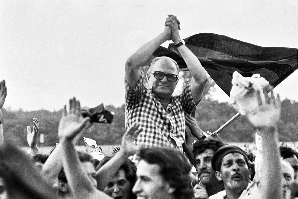 Stjepan Bobek kao trener Vardara slavi pobedu nad Trepčom 1979. (©MN PRESS)