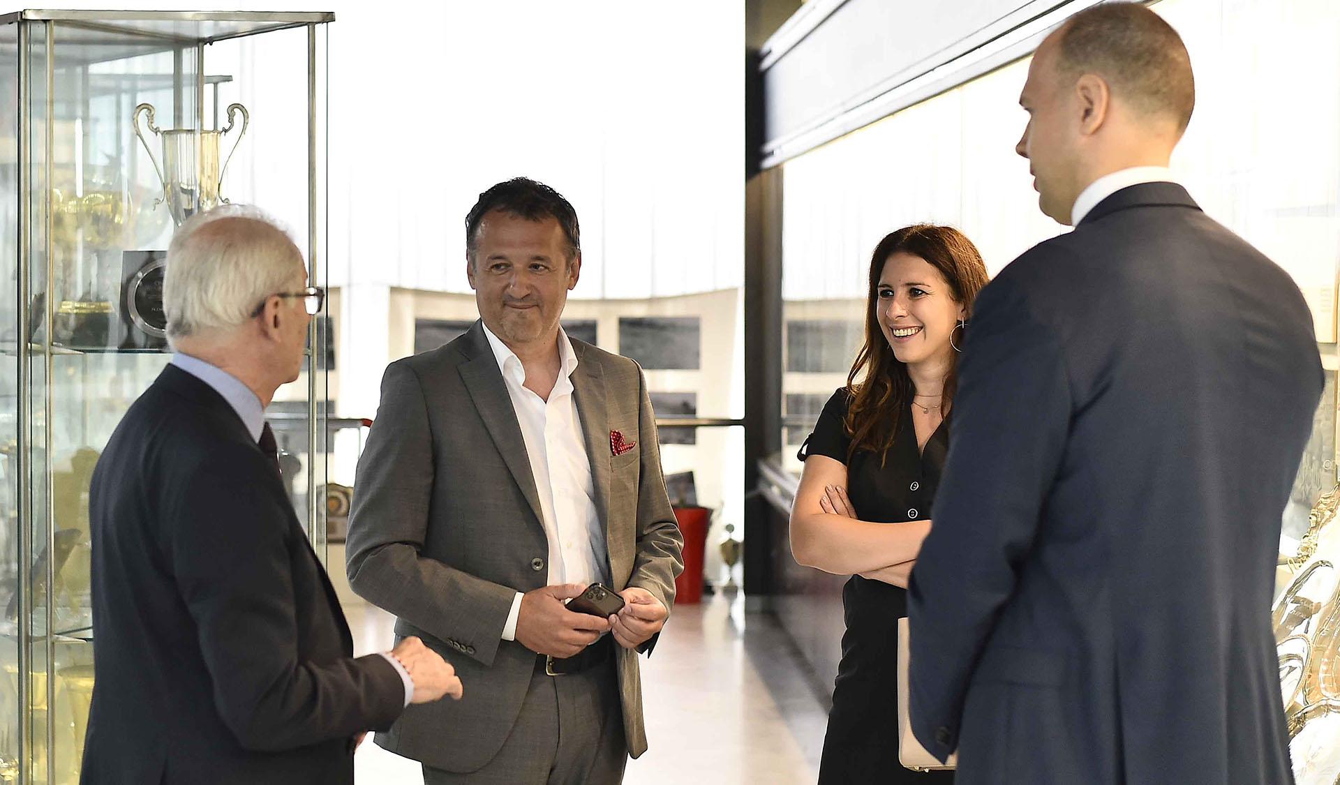 Slobodan Prodanović i Aleksandra Lazarov iz Mozzarta u razgovoru sa Svetozarom Mijailovićem i Markom Petrovićem